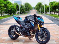 Kawasaki Motorcycles, Cars And Motorcycles, Z 800, Custom Sport Bikes, Manga Anime, Vehicles, Heaven, Luxury Sports Cars, Sportbikes