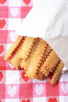 "Pie Fries: Cut pie crust into strips w/ fluted pastry wheel. Brush w/ melted butter. Sprinkle w/ cinnamon sugar. Bake at 375 about 15 minutes. Eat ""as is"" or dip into jam, pie filling or frosting."