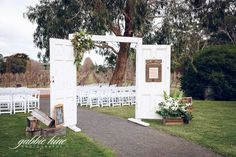 Glen Erin have some wonderful timber doors to dress up for a grand ceremony entrance. glen-erin-vineyard-lancefield