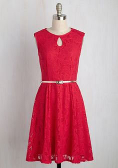 Sure, you could secretly stroll up to the party in this deep coral red dress, but your ensemble deserves adulation upon arrival! After all, with the keyhole neckline, golden belt, and circular lace overlay this eye-catching A-line offers, there's no way that your attendance will go without applause!