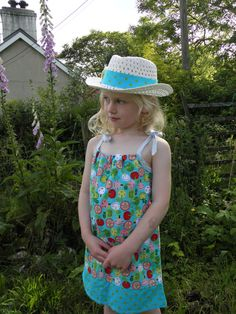 Appleville Pillowcase Dress Age 4-5 Years by wonderbugs on Etsy, $30.00
