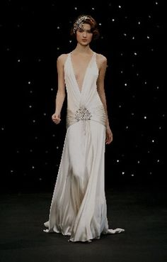 Vintage Art Deco Gown - Love the glamour