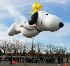 I LOVE SNOOPY! Macy's unveils new Snoopy balloon for the Annual Thanksgiving Day Parade at the MetLife Stadium Snoopy Love, Snoopy E Woodstock, Charlie Brown Snoopy, Charlie Brown Thanksgiving, Happy Thanksgiving, Peanuts Cartoon, Peanuts Snoopy, Macys Thanksgiving Parade, Hello Kitty Imagenes