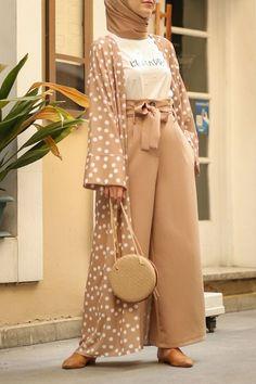 Modest Fashion Hijab, Modern Hijab Fashion, Hijab Fashion Inspiration, Abaya Fashion, Muslim Fashion, Kimono Fashion, Modest Outfits, Fashion Outfits, Mode Abaya