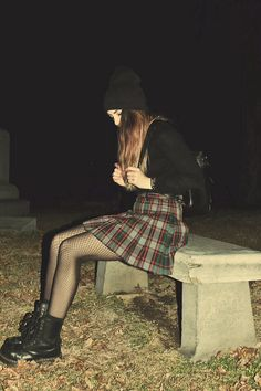 Seriously think grunge is coming back in style ;p oh well ill stay grunge anyway xD Plaid skirt, tights, black jacket, beanie