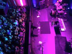 Ya está a punto de iniciar el concierto de Miguel Mateos en el Music Box en San Diego