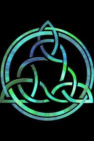 Celtic Trinity Knot Algae Tie Die