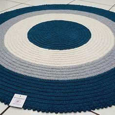 Tapete Redondo Infantil No Crochet Carpet, Crochet Home, Love Crochet, Learn To Crochet, Diy Crochet, Diy Tufted Headboard, Crochet Rings, Homemade Home Decor, Diy Cushion
