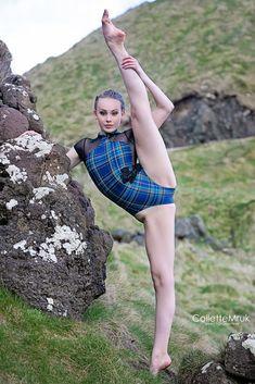 dance poses, ballet dance, ireland, dance photography