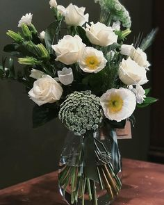 Vase Arrangements, Floral Foam, Gifts For Friends, Eco Friendly, Glass Vase, Table Decorations, Flowers, Home Decor, Interior Design