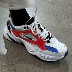 superior quality c379a 1706d Socken, Phantasie Schuhe, Sneakers Mode, Schuhe Turnschuhe, Nike Schuhe,  Extravagante Schuhe
