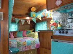 RV Camper Vintage Bedroom Interior Design Ideas 1