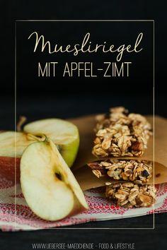 Selbstgemachte Müsliriegel mit Apfel, Nuss und Zimt | Homemade Granola-Bars with Apple, Nuts and Cinnamon via ÜberSee-Mädchen - Ein Blog über Food, Photographie & die schönen Dinge