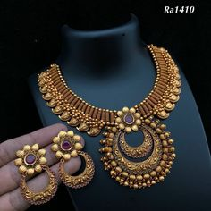 Whatsapp on Order and Anny inquiri Wedding Day Wedding Planner Your Big Day Weddings Wedding Dresses Wedding bells Gold Bangles Design, Gold Jewellery Design, Gold Jewelry, Designer Jewellery, Beaded Necklaces, Jewelry Sets, Necklace Designs, Wedding Jewelry, Wedding Bells
