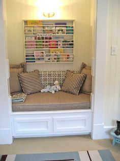 Closet = Book Nook