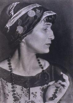 Anna Akhmatova 1924. Photo by Moisey Nappelbaum
