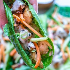 Tahini aka sesame seed paste It's one of the most used ingredients in Israeli cuisine and the one that inspired me to make this awesome recipe 😋 This Chicken Lettuce Wraps With Tahini Sauce hits all the right spots 🙌 Easy Chicken Recipes, Healthy Chicken, Easy Healthy Recipes, Whole Food Recipes, Healthy Dips, Diabetic Recipes, Healthy Meals, Healthy Food, Dinner Recipes