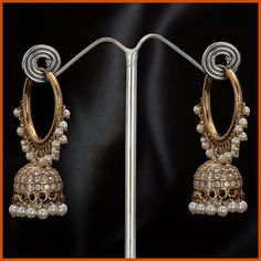 Buy Indian dresses online - the most fashionable Indian outfits for all occasions. Check out our new arrivals - the latest Indian clothes trending in I Love Jewelry, Pearl Jewelry, Antique Jewelry, Gold Jewelry, Jewelery, Jewelry Design, Indian Wedding Jewelry, Indian Jewelry, Bridal Jewelry