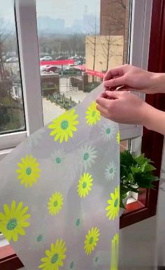 Decorative Window Film Features: They create a professional appearance for offices, home and can be removed without leaving a trace. Window Glass Design, Frosted Glass Design, Frosted Glass Window, Door Design, Wall Design, Film Paper, Deco Studio, Decoration Plante, Glass Film