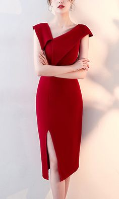 Wine Red Asymmetrical Trim Midi Dress - Metisu