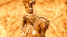 "Daniel Roxin: ""Dacii n-au pierit niciodată!"" - O melodie modernă. Visit Romania, Places Worth Visiting, Black Sea, Dracula, Romans, Statue, Country, Modern, Artist"