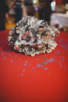 silver flower centerpieces from the Borrowed Event // by Molly Cat Designs
