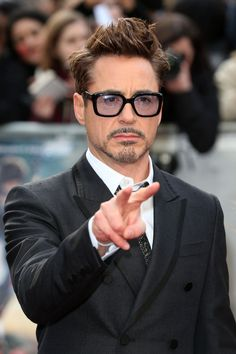 Robert Downey Jr. seguira siendo Iron Man en The Avengers 2 y 3