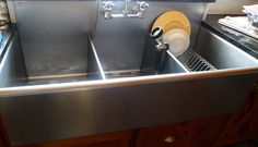Want a commercial stainless steel sink like this one in my home.