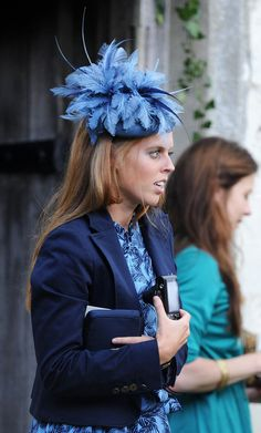 # PRINCESS BEATRICE BLUE PILL BOX HAT