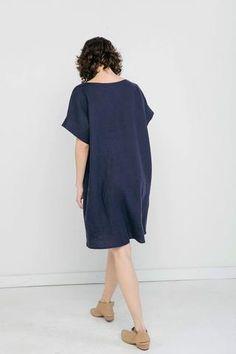 03-elizabeth-suzann-product-midweight-linen-georgia-dress-navy_large.jpg (320×480)