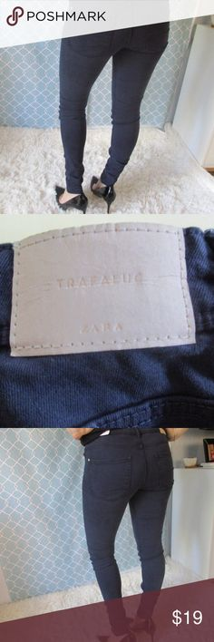 Zara Super Skinny size 04 jeans regular These are new with tag, they are super skinny and tight, and look to be regular length even though it does not say. If you have worn Zara clothe you know your size. To me they run small so i would order at your discretion.  Thank you for looking and come back again! Zara Jeans Skinny