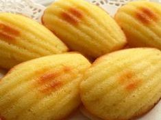 Ettél már Madeleine, a legendás francia teasüteményt? Így készítsd el otthon! Honeydew, Marvel, Fruit, Desserts, Food, France, Madeleine, Tailgate Desserts, Deserts