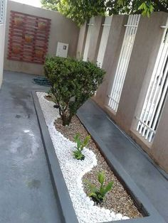 Jewellery For Lady - Front Garden Landscape, Small Front Yard Landscaping, Modern Landscaping, Outdoor Landscaping, Outdoor Gardens, Backyard Garden Design, Small Garden Design, Garden Inspiration, Decoration