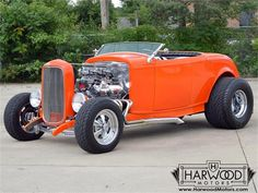 1932 Ford Roadster   701267