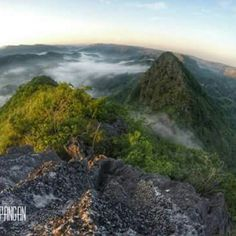 A jaw dropping view from the summit of Mt. What would you feel seeing this kind of view? Share it below. Photo by: Kenji Pangan Visit Philippines, How To Memorize Things, How Are You Feeling, Water, Places, Travel, Outdoor, Water Water, Voyage
