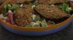 Aubergine en een slaatje met buffelmozzarella | Dagelijkse kost