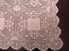 Resultado de imagem para croche em linho Crochet Tablecloth, Crochet Doilies, Crochet Magazine, Diy And Crafts, Crochet Patterns, Lace, Dining Table Runners, Craftsman Table Runners, Doilies