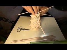 albero di natale - YouTube Straw Weaving, Paper Weaving, Recycle Newspaper, Newspaper Crafts, Paper Curtain, Straw Crafts, Willow Weaving, Arts And Crafts, Diy Crafts