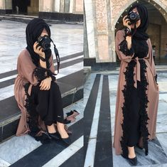 Image may contain: one or more people and people standing Hijab Style Dress, Hijab Outfit, Abaya Fashion, Fashion Outfits, Hijab Fashion Style, Eid Outfits, Mode Kimono, Muslim Women Fashion, Hijab Fashionista