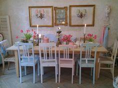 Rössler und Melitta Geschirr sind eine frühlingshafte Dekoration... Vintage bei UNIKATUM Luzern