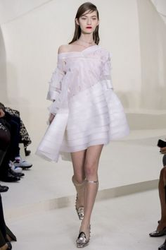 Top traforato e gonna di Dior Couture