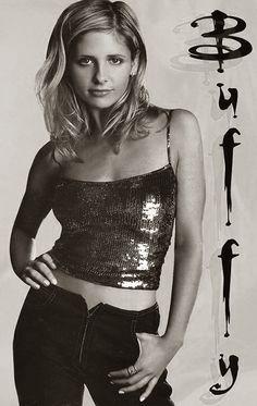 Sarah Michelle Gellar (-Prinze) is geboren in 1977. Sarah is een Amerikaanse actrice, ze werd voor haar hoofdrol in 'Buffy the Vampire Slayer' genomineerd voor een Golden Globe.