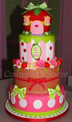 bello Strawberry Shortcake Characters, Strawberry Shortcake Birthday, Strawberry Baby, Pretty Cakes, Cute Cakes, Bolo Fack, Beautiful Cake Designs, Luxury Cake, Festa Party