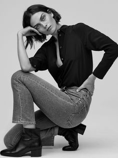 FK Jeans Fall-Winter 2018 Ad Campaign Filippa K Models: Maria Palm, Raith Clarke Photographers: Andreas Ohlund & Maria Therese High Fashion Poses, Fashion Model Poses, Female Fashion, Portrait Photography Poses, Portraits, Fashion Photography Inspiration, Vogue Fashion Photography, Glamour Photography, Lifestyle Photography