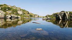 Dopo un'arrampicata da capre  e diversi km sotto il sole siamo arrivati ai laghi di Bombasel e ci siamo buttati in acqua vestiti. #alpedelcermis #summer2017 #hiking #hikingadventures
