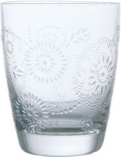 KARE Design Barockes Wasserglas mit filigranem Blütendekor. Bezaubernde Eisblumen zieren dieses feine Glas. In weiteren Ausführungen erhältlich. Spülmaschinengeeignet. #KARE #KAREDesign