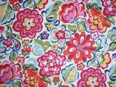 L-O-V-E this Vera Bradley wallpaper.