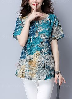 Summer Cotton/Linen Women Round Neck Printed Short Sleeve Short Sleeve T-Shirts Casual Round Neck Trees Printed Blouse Look Fashion, Fashion Outfits, Fashion Women, Latest Fashion, Fashion Blouses, Fashion 2018, Fashion Trends, Blouse Styles, Mode Style