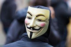 З появою криптовалюти збільшилася кількість зломів комп'ютерної системи хакерами. При цьому попастися в їх пастку можна просто граючи в онлайн-ігри або дивлячись відео на YouTube. Так, зовсім недавно відеосервіс YouTube потрапив під вплив хакерів. Відвідувачі сайт�