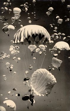 Paratroopers over Moscow, 1940's. | Photographer Yakov Rumkin